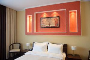 Reavil Hotel - Image4