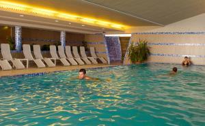 Zenit Hotel Vendégház - Image4