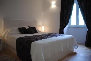 Rooms Piazzetta - Image3