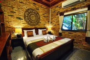 The Hotel Khaosok and Spa - Image3