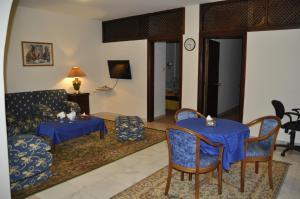Safwa Hotel - Image2