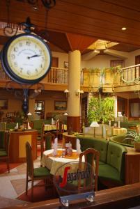 Atrium Hotel - Image2