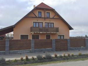 Bíbic Vendégházak - Image1