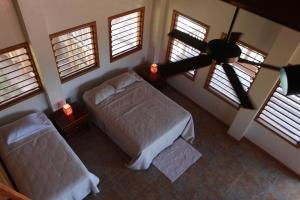 Hotel Guanaja - Image4