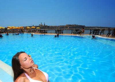 Hotel fortina malta sliema - Malta a novembre bagno ...