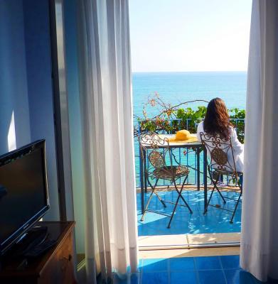 Hotel palladio giardini naxos zona taormina hotel 3 - Hotel giardini naxos 3 stelle ...