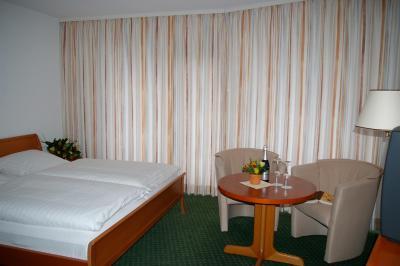 hotel haus deutsch krone deutschland bad essen. Black Bedroom Furniture Sets. Home Design Ideas