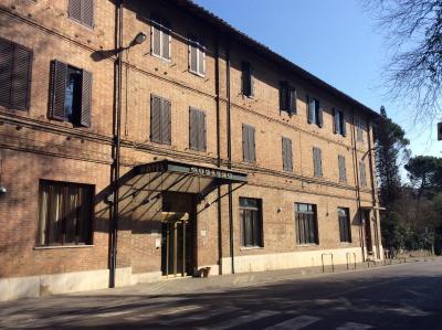 Hotel moderno italia siena for Hotel moderno madrid booking