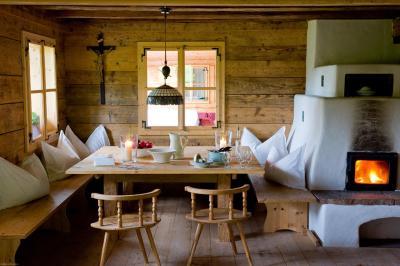 san luis retreat hotel lodges italien hafling. Black Bedroom Furniture Sets. Home Design Ideas