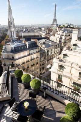 Four seasons george v paris booking