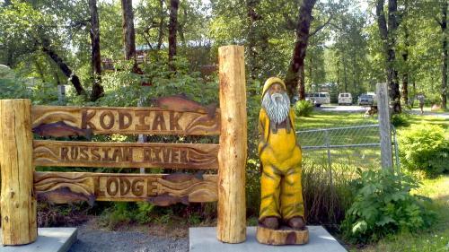 Russian River Lodge