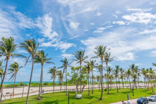Ocean Drive Casa Grande Suites