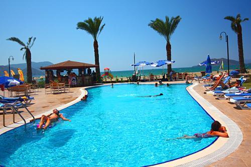 费特希耶日落海滩俱乐部酒店