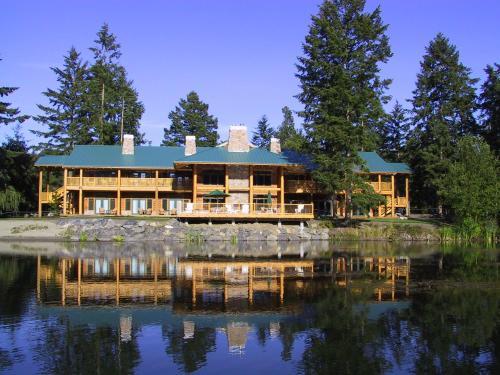 雷克戴尔三湖度假酒店