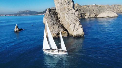 Restless Spirit Sailing Yacht