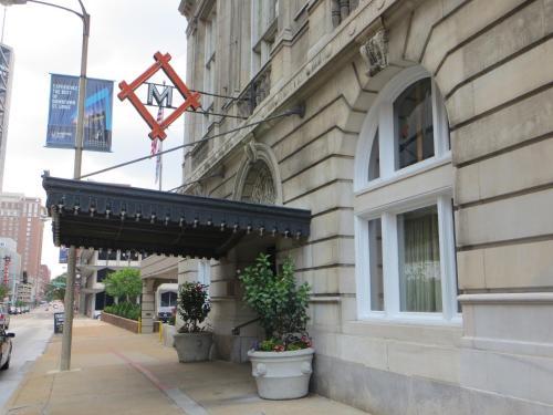 密苏里运动俱乐部酒店