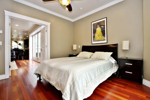 Sumner House - 2 Bedroom Apartment