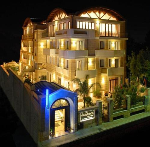 阿尔巴特雷斯皇宫酒店