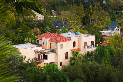 Hollywood Celebrity Villa