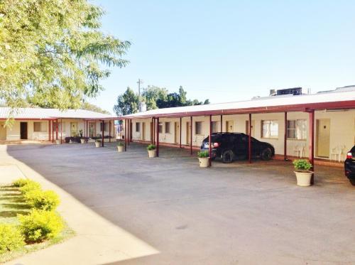 Longreach Motel