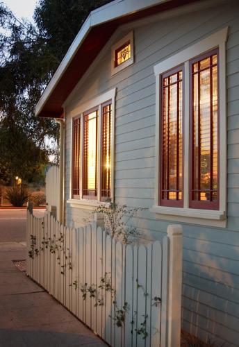 Venice Beach ECO Cottages