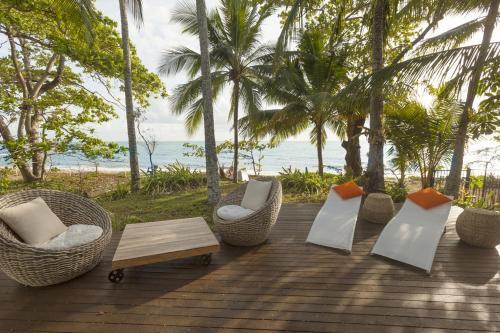 Drift Beach House Getaway
