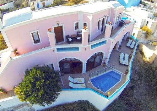 Nectarios Villa