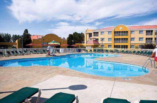 Cedar Point Sandcastle Suites