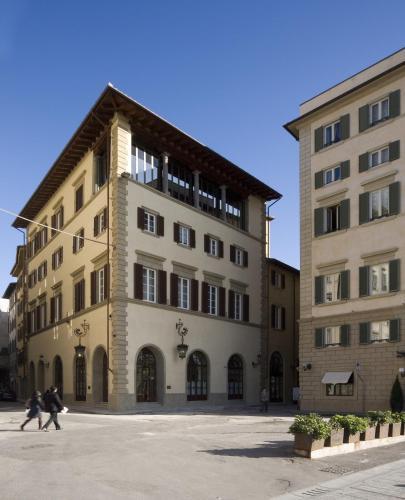 فندق لورولوجو