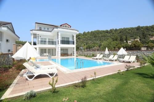 Orka New Fourseasons villas
