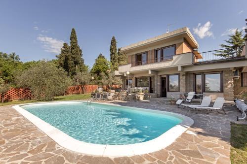 Villa Ballodole