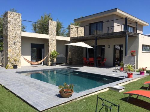 Villa d'architecte piscine & plage
