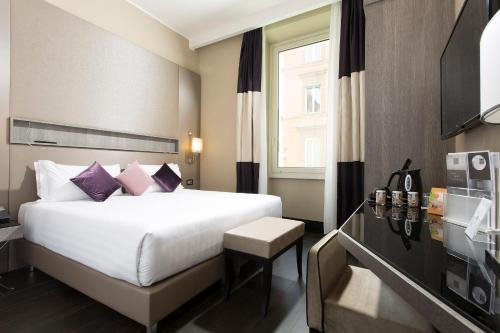 罗马生活酒店