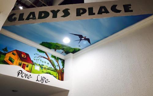 Posada Gladys Place