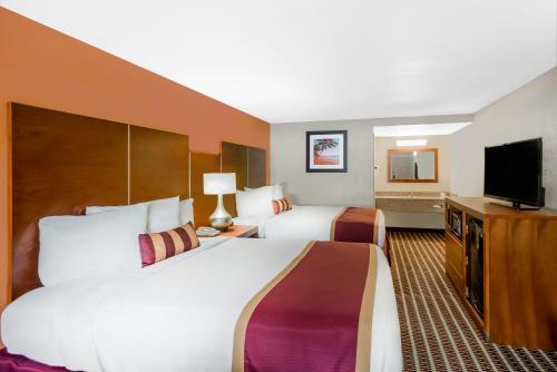旅西茅斯汽车旅馆