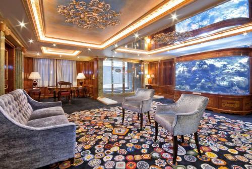 梅菲尔之家酒店