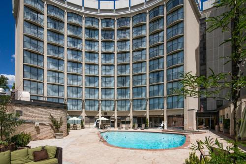 盐湖城红狮酒店
