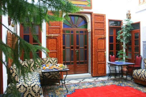 Riad Lalla Fatima