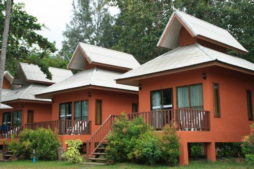 Lanta Cottage