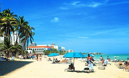 德尔加勒比旅馆