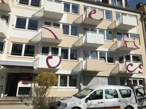Frederics Serviced Apartments SMART Dantestr