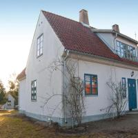 Four-Bedroom Holiday Home in Larbro