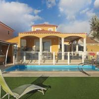 Three-Bedroom Holiday Home in Valros
