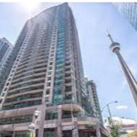 Upper Storey Condo in Core Downtown- CNTower View