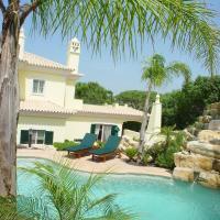 Villa Bella By Shirley Dunne