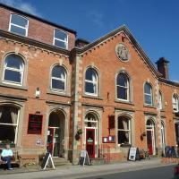 Old Posthouse Hotel & Restaurant