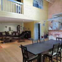 Duplex avec terrasse tropézienne