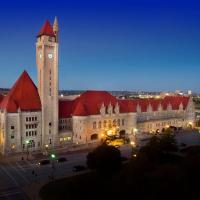 St. Louis Union Station Hotel, Curio Collection by Hilton