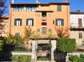 Tuscany Location, Marta