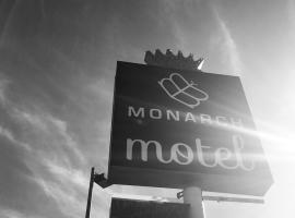 Monarch Motel, Moscow